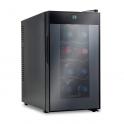 Sistema di refrigerazione di vini a temperatura e ambiente costante e stabile per 8 bottiglie